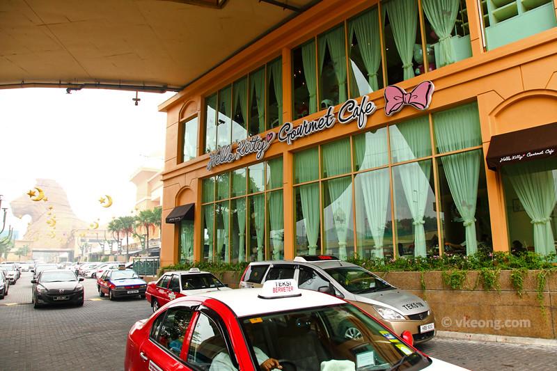 Hello-Kitty-Gourmet-Cafe-Sunway-Malaysia