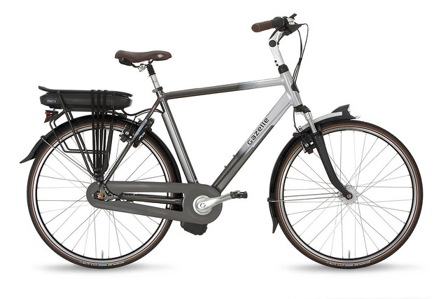 "Gazelle Orange C8 • <a style=""font-size:0.8em;"" href=""https://www.flickr.com/photos/ebikereviews/21667360002/"" target=""_blank"">View on Flickr</a>"