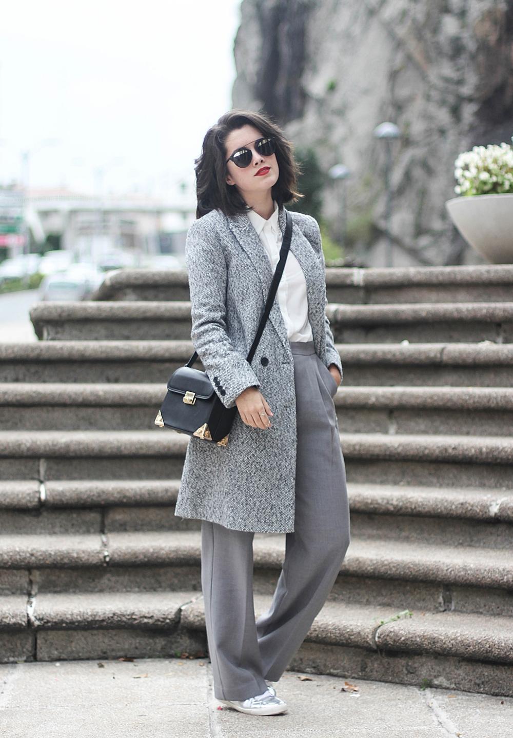 total look gris con abrigo y pantalon de traje de la redoute myblueberrynightsblog