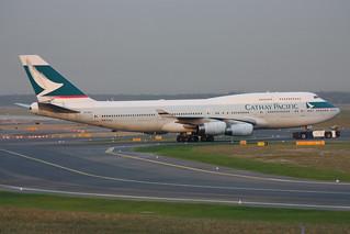 Cathay Pacific Airways Boeing 747-467 B-HOS