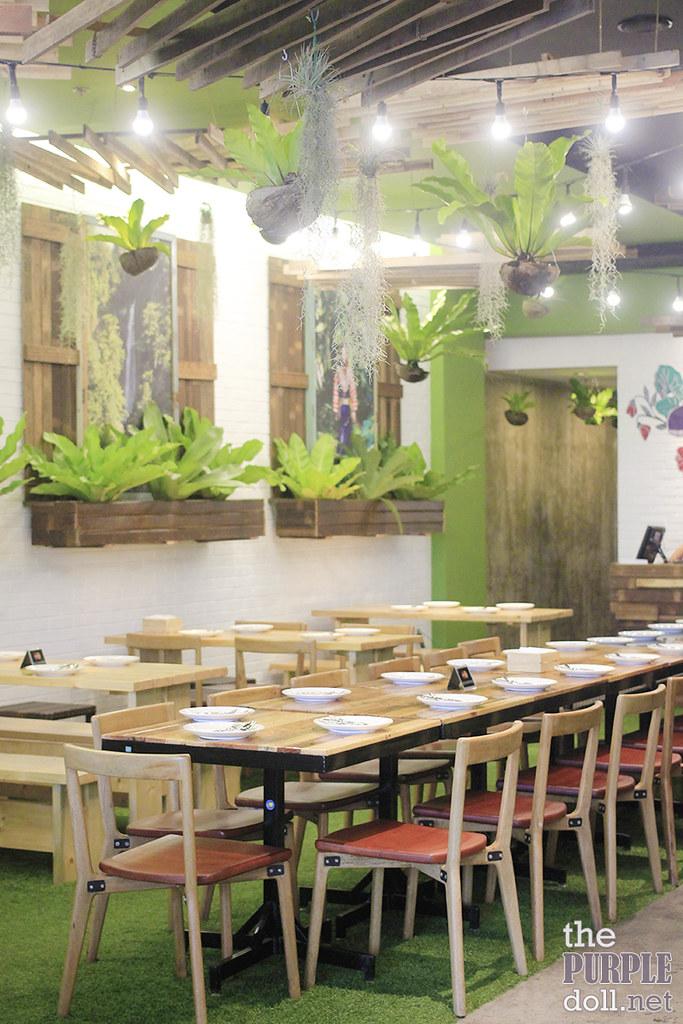 Earth Kitchen BGC Interior
