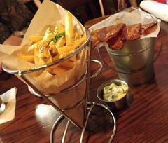 Bucket of #Bacon & #FrenchFries?  Yes please! #foodporn #theSwitt