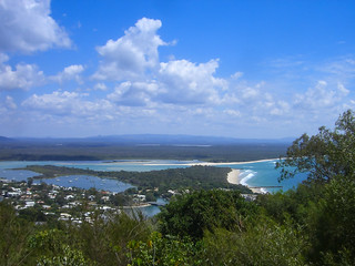 Imagen de Seventy Five Mile Beach. trip travel vacation sun holiday beach nature strand relax landscape geotagged freedom live urlaub au natur under australia down heads queensland noosa australien fraserisland landschaft sonne downunder reise noosaheads freiheit allgemein