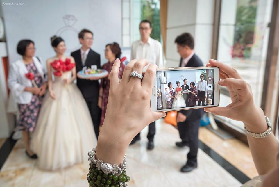 《婚攝》偉成 & 品如 / 台中中僑花園飯店