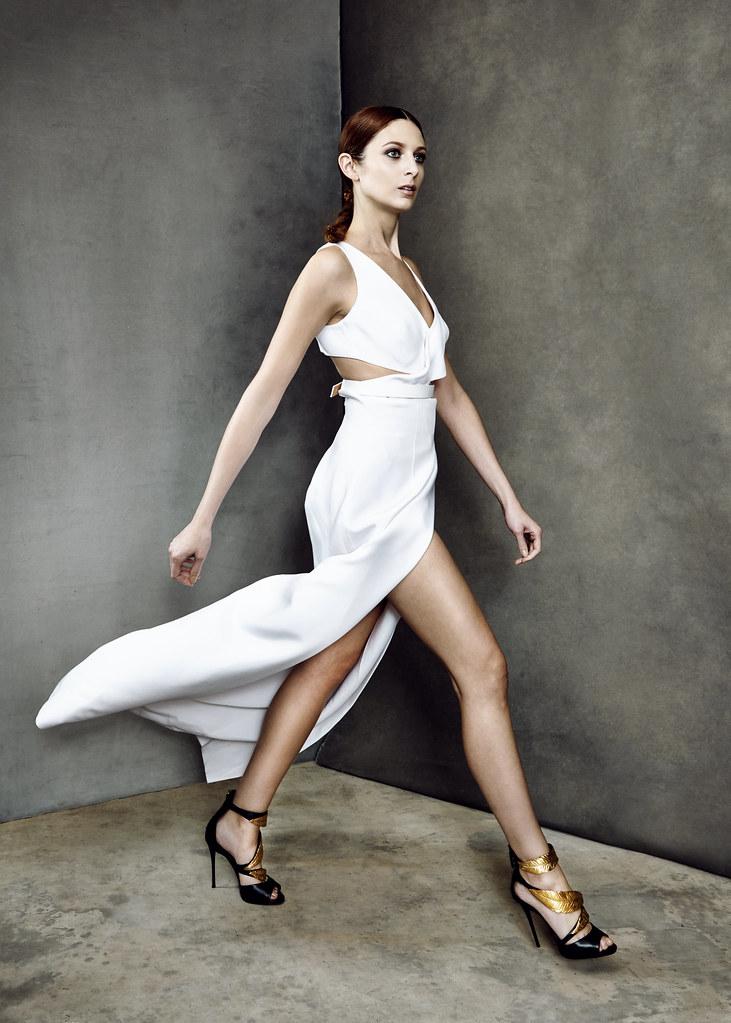 white-foam-core-photography-photo-retouching-sample