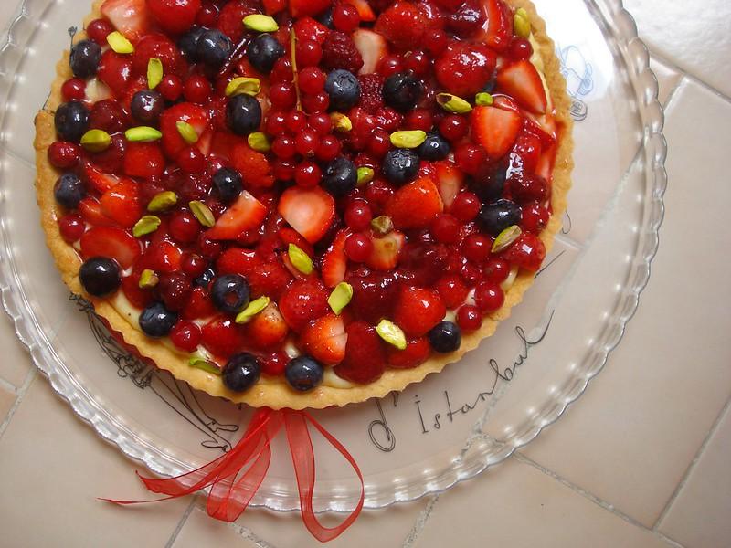 red berry tart