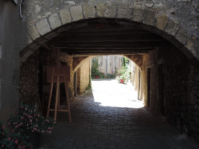 passageway Angles-sur-l'Anglin