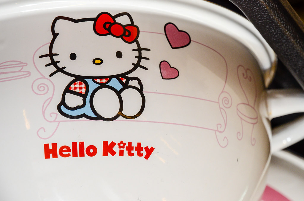 Hello Kitty Pot at GO Steamboat 陸米芬火鍋店, Kota Damansara