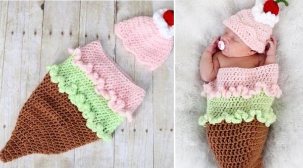 Ideas for photo shoots with young children – knit houses