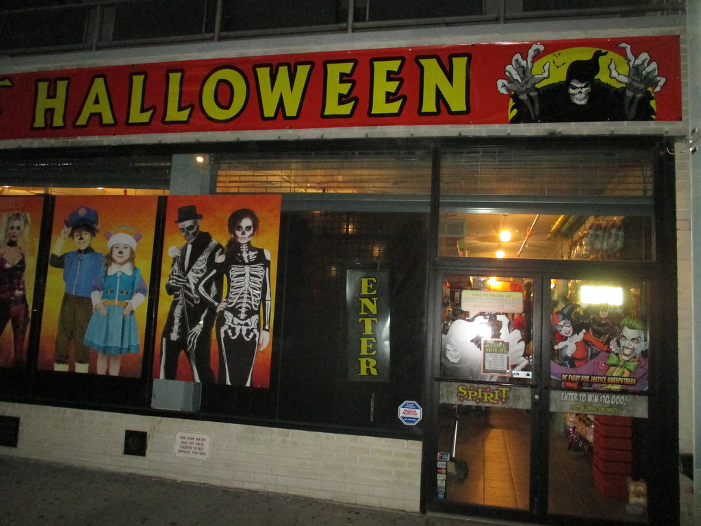 spirit halloween speciality store on fifth avenue nyc usa. founded