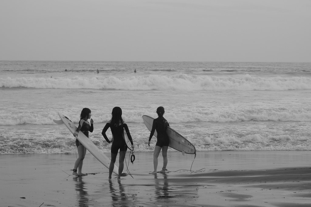 Female surfers
