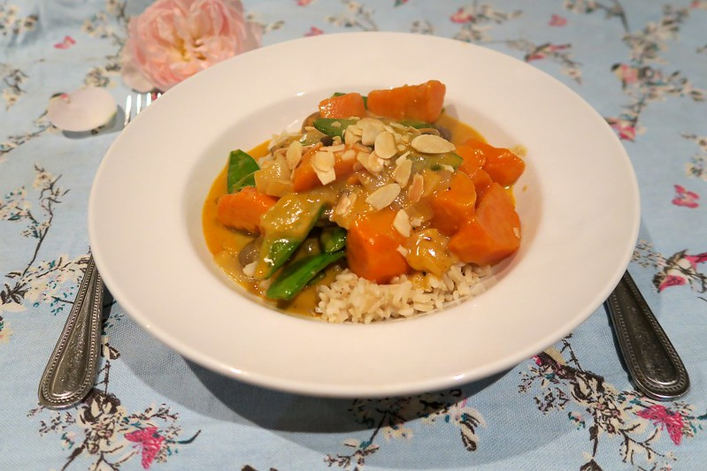 uk lifestyle blogger laurenella vegetarian coconut sweet potato curry