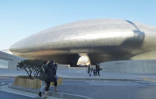 Co-Seoul 2-Dongdaemun Design Plaza (1)