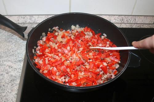 20 - Paprikastreifen andünsten / Braise bell pepper