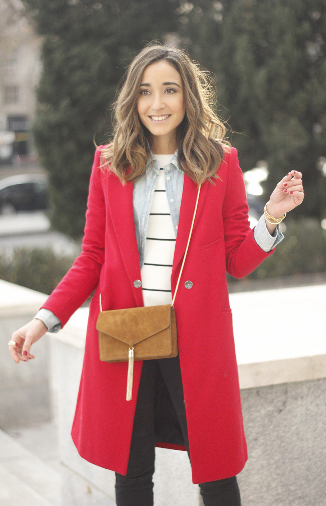 Red Coat Stripped sweater denim shirt nude heels outfit style uterqüe bag11