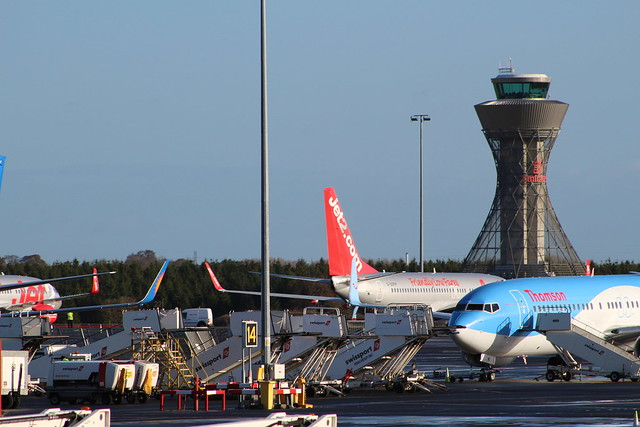 newcastle airport, Canon EOS 100D, Canon EF 75-300mm f/4-5.6