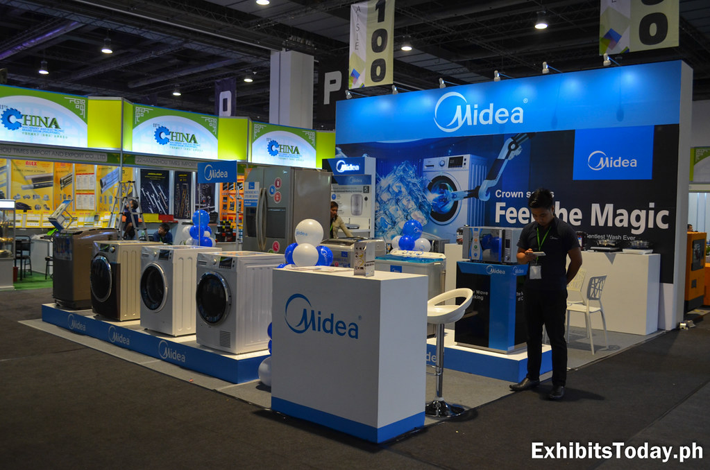 Midea Exhibit Booth