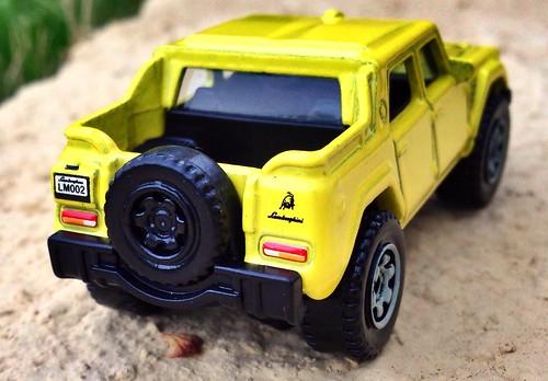 Matchbox - Lamborghini LM002