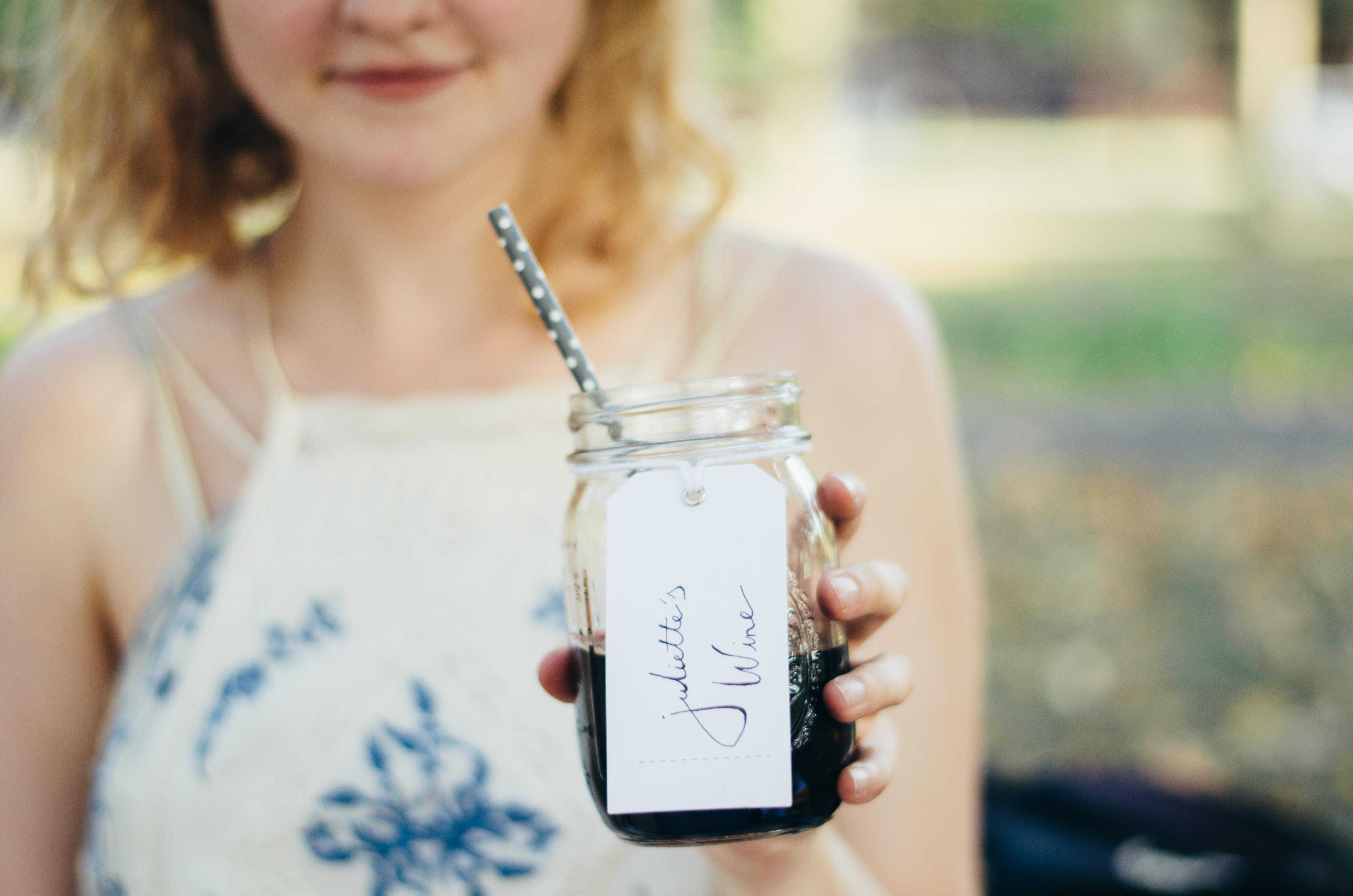 Personalized mason jar wine glasses on juliettelaura.blogspot.com