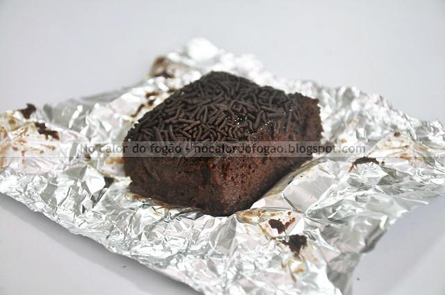 Bolo gelado de chocolate-