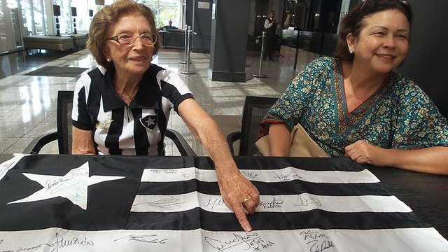 Dona Jandira - Botafoguense de 101 anos