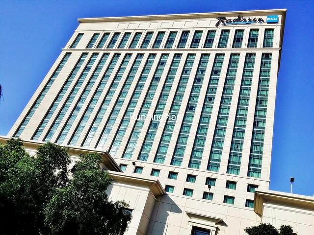 Radisson Blu Hotel 01 - Exterior Facade