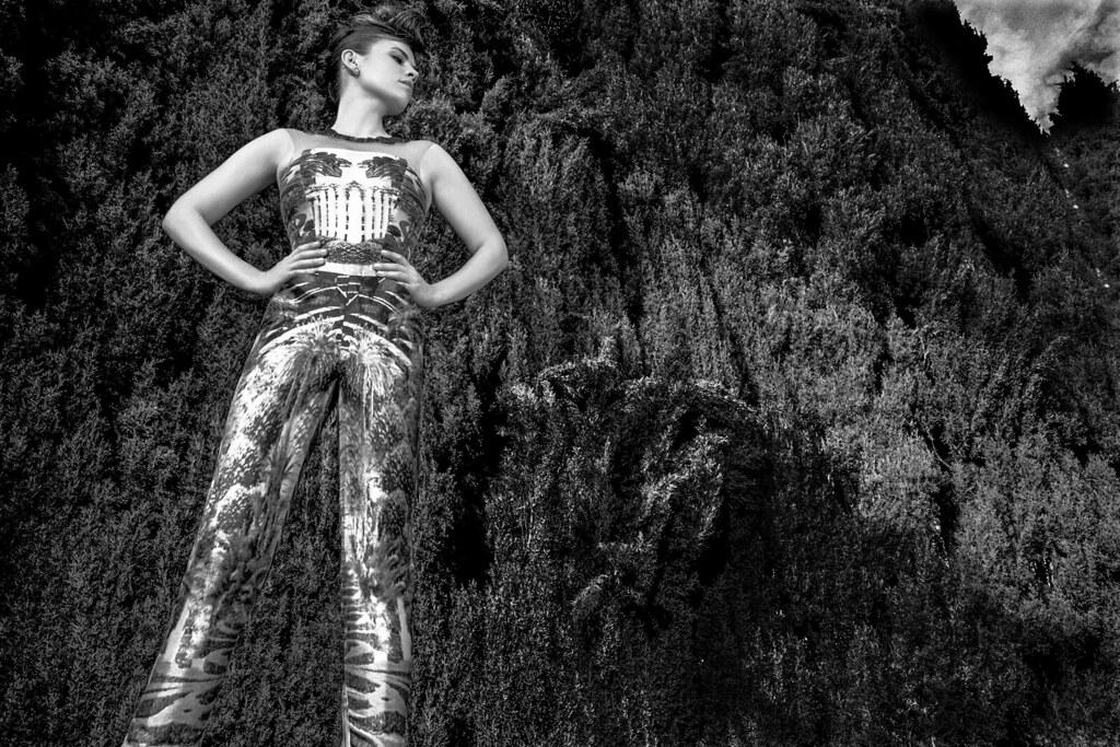 Хейли Этвелл — Фотосессия для «VVV» 2015 – 3