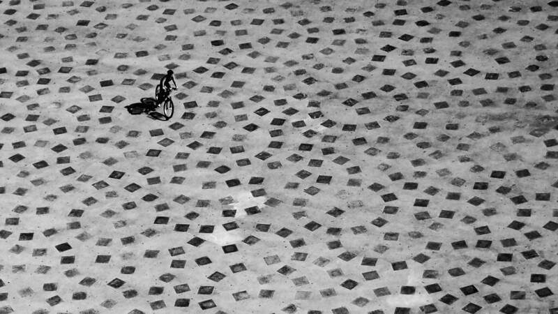 In bicicletta .... 22136321963_f92a772359_c