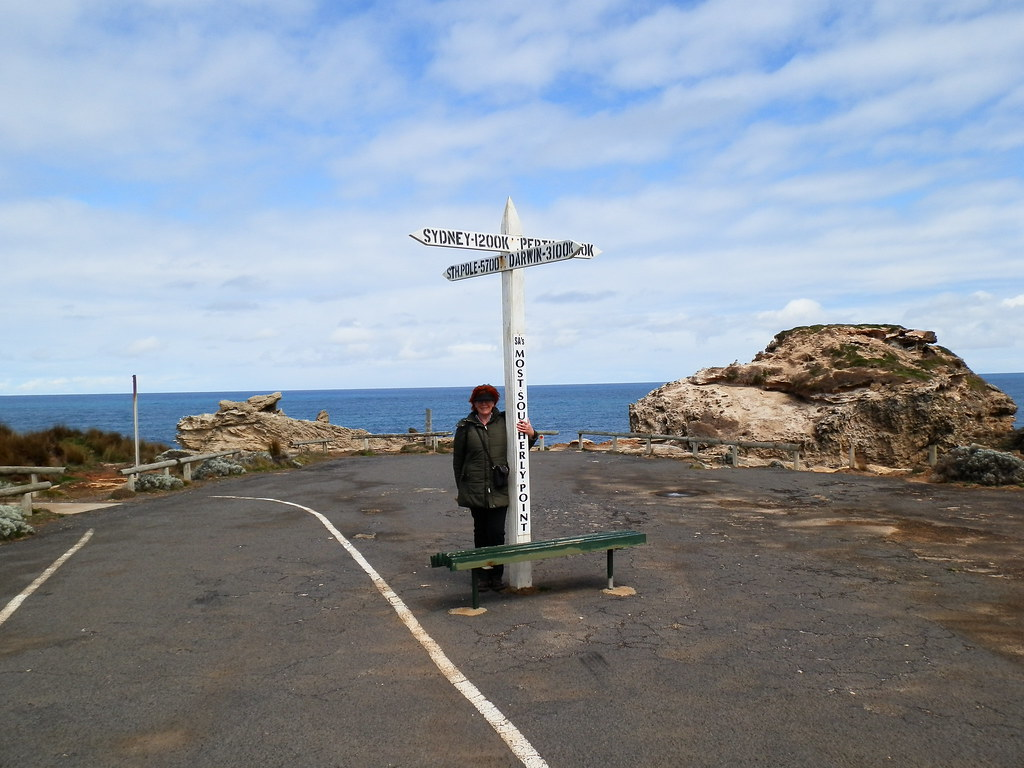 Red at Cape Northumberland - only 5700 km to the South Pole!