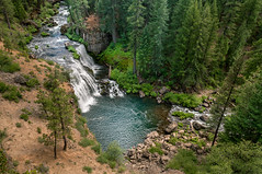Hiking to McCloud Falls - Middle Falls