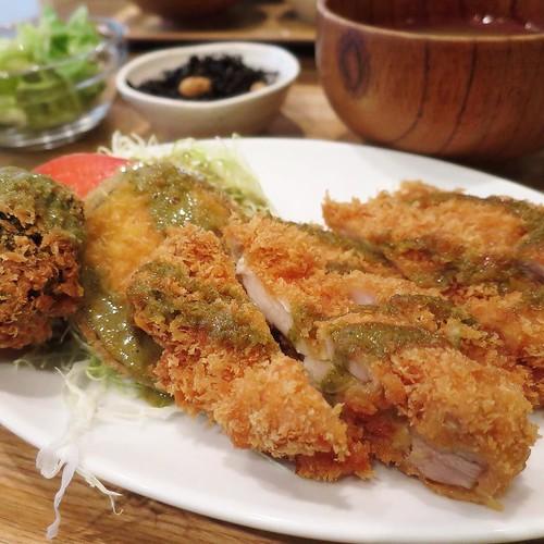 Food Lab 3331 でランチ。 #3331artschiyoda #千代田区ディスカバリーミュージアム秋ツアー