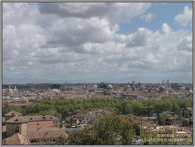 מבט על העיר רומא ממצבת גריבלדי