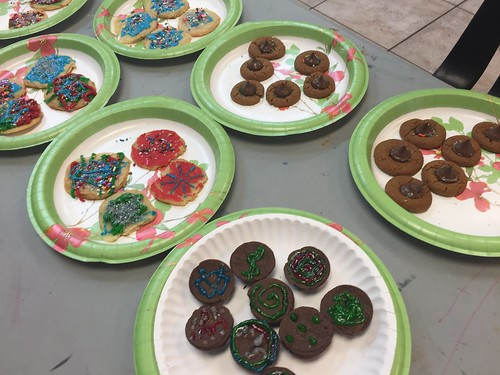 Teens in drug and alcohol rehab bake Christmas treats! thumbnail