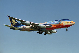 Singapore Airlines Boeing 747-412 9V-SPK special Tropical colors
