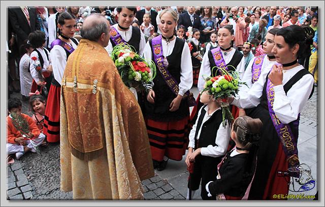 Briviesca en Fiestas 2.015 Procesión del Rosario y canto popular de la Salve (18)