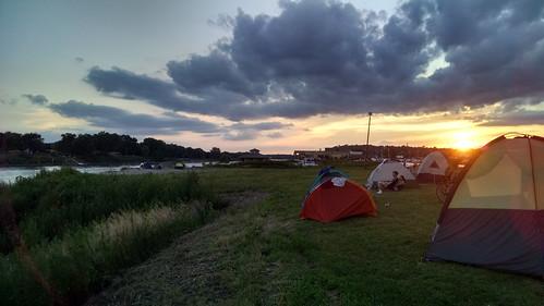 camping iowa ragbrai missouririver siouxcity 2015