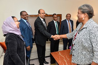 Assistant Secretary Thomas-Greenfield Greets the Sudanese Delegation Before Secretary Kerry's Meeting With Sudanese Foreign Minister Ghandour in New York City