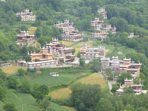 CH-Danba-Jiaju-Bus-Panorama (7)