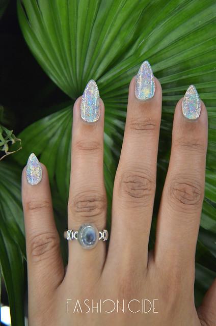 Pastel-Galaxy-Nails-4