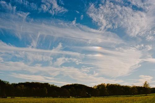 sunset sky film clouds analog olympusom1 sundogs kodakportra400 olympusomzuiko28mmf35 filmboxlab