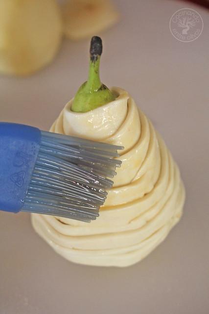 Ensalada con pera envuelta en hojaldre www.cocinandoentreolivos.com (6)