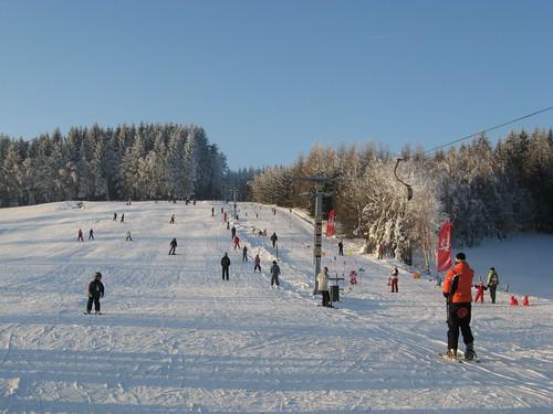 Lyžujte v lyžařském areálu ŠACHTY s 28% slevou do konce zimní sezóny 2016/17