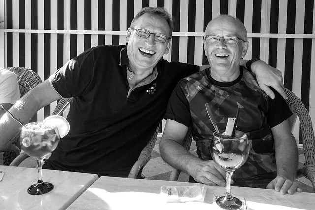 joie de vivre,deux amis, Panasonic DMC-GM1, LEICA DG SUMMILUX 15/F1.7