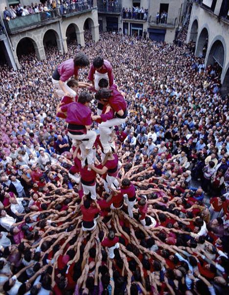 Sport Castell (Bau einer Menschenpyramide)