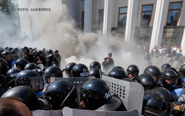 noi_violente_la_Kiev (1)
