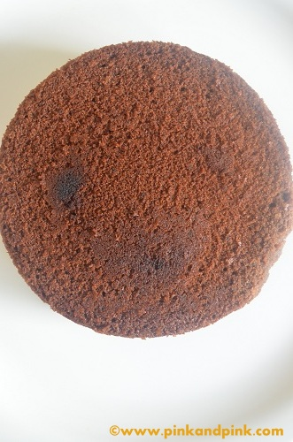 Eggless Chococlate cake cooked in pressure cooker