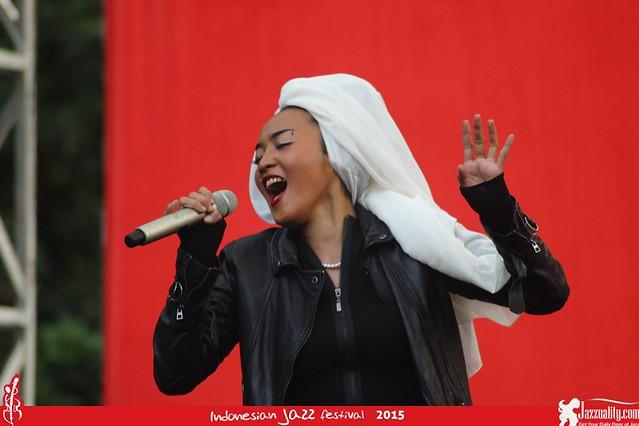 Indonesian Jazz Festival 2015 - Inna Kamarie (1)