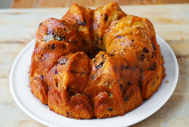 holiday desserts, Christmas desserts, Christmas bundt cake, Holiday bundt cake, fruit cake recipe, easy bundt cake recipe