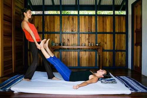 Five Guaranteed Ways of Becoming More Grounded Blue Osa Yoga Teacher Training Costa Rica Thai Massage