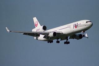 Japan Airlines - JAL McDonnell Douglas MD-11 JA8586